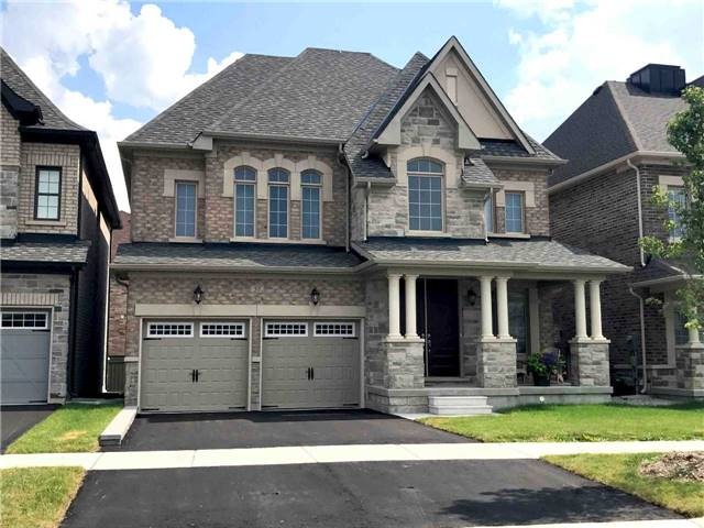 Detached at 57 Russell Parker Cres, Aurora, Ontario. Image 1