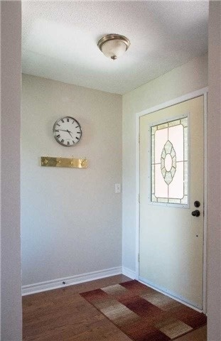 Detached at 214 Sheffield St, Newmarket, Ontario. Image 13