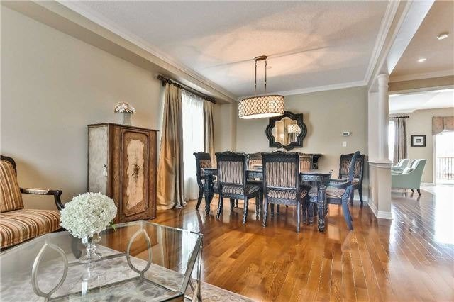 Detached at 131 Barberry Cres, Richmond Hill, Ontario. Image 15