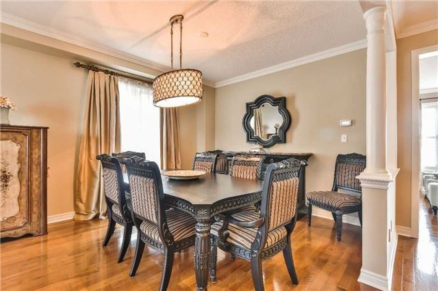 Detached at 131 Barberry Cres, Richmond Hill, Ontario. Image 16