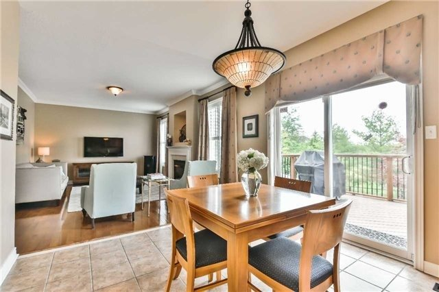 Detached at 131 Barberry Cres, Richmond Hill, Ontario. Image 19