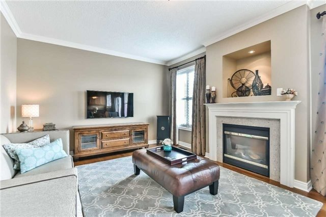 Detached at 131 Barberry Cres, Richmond Hill, Ontario. Image 20