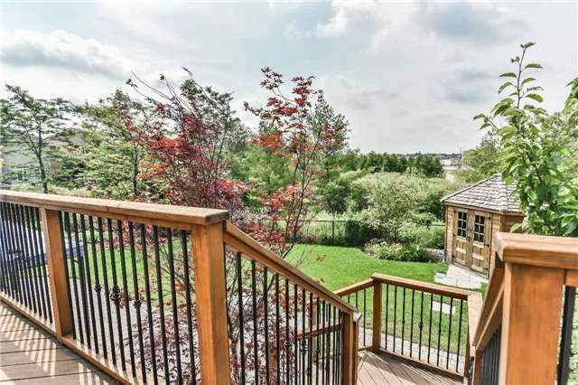 Detached at 131 Barberry Cres, Richmond Hill, Ontario. Image 11