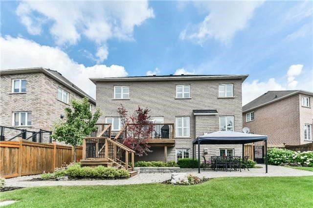 Detached at 131 Barberry Cres, Richmond Hill, Ontario. Image 13