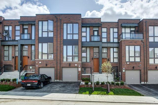 Townhouse at 20 Allerton Rd, Vaughan, Ontario. Image 1