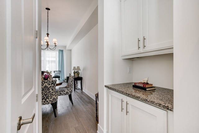 Townhouse at 20 Allerton Rd, Vaughan, Ontario. Image 3