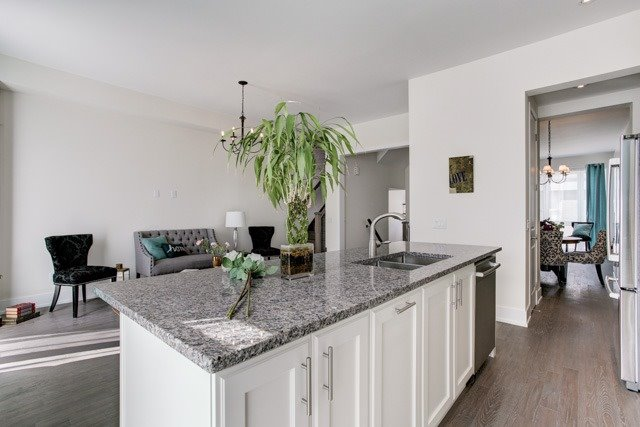 Townhouse at 20 Allerton Rd, Vaughan, Ontario. Image 5