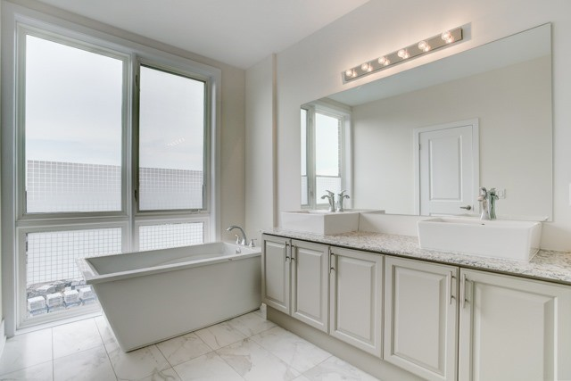 Townhouse at 20 Allerton Rd, Vaughan, Ontario. Image 7