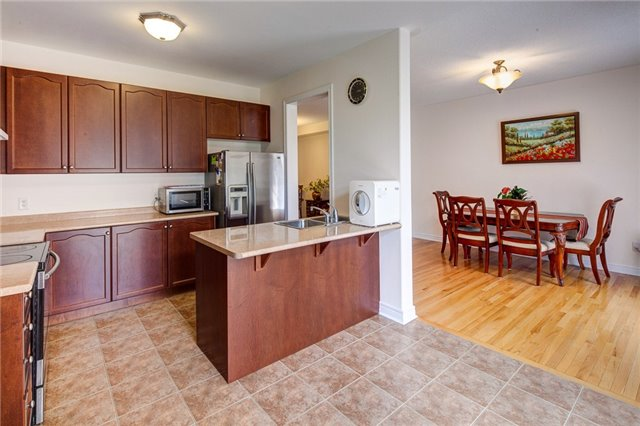 Detached at 161 Mintwood Rd, Vaughan, Ontario. Image 2