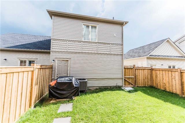 Detached at 2740 Donald Cousens Pkwy, Markham, Ontario. Image 9