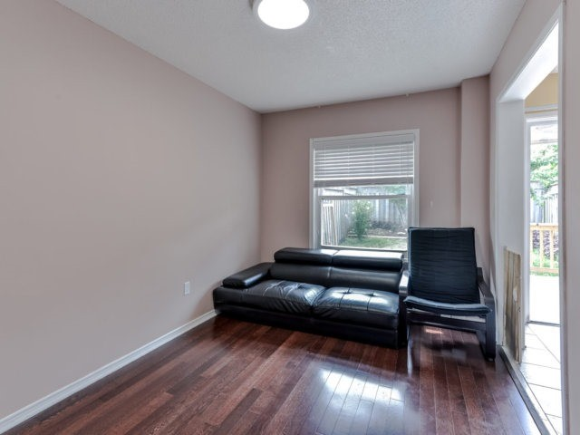 Link at 35 Laird Dr, Markham, Ontario. Image 15