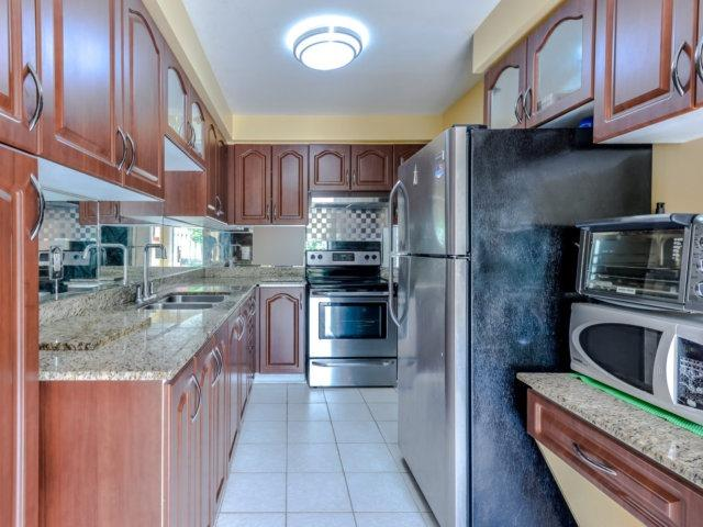 Link at 35 Laird Dr, Markham, Ontario. Image 17