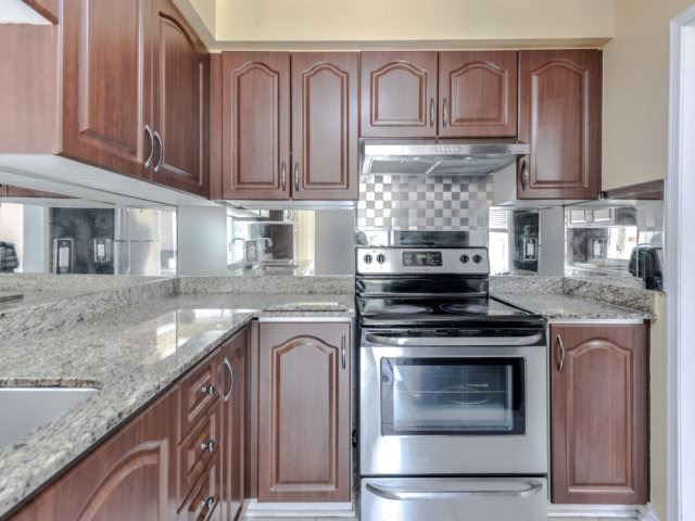 Link at 35 Laird Dr, Markham, Ontario. Image 18