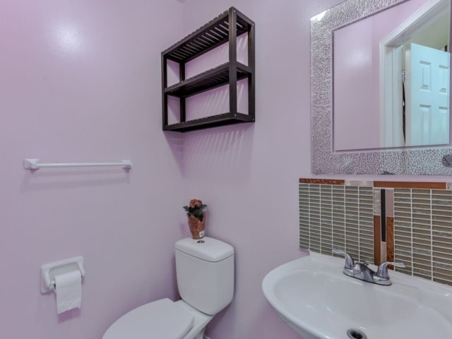 Link at 35 Laird Dr, Markham, Ontario. Image 20