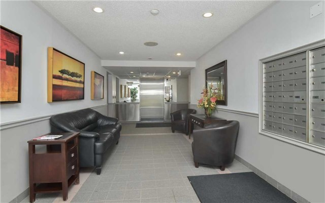 Condo Apartment at 247 King St N, Unit 114, New Tecumseth, Ontario. Image 14