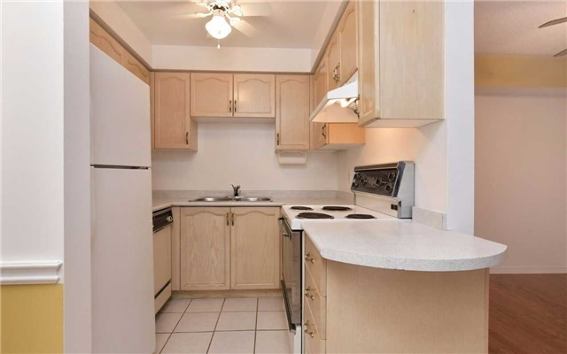 Condo Apartment at 247 King St N, Unit 114, New Tecumseth, Ontario. Image 17