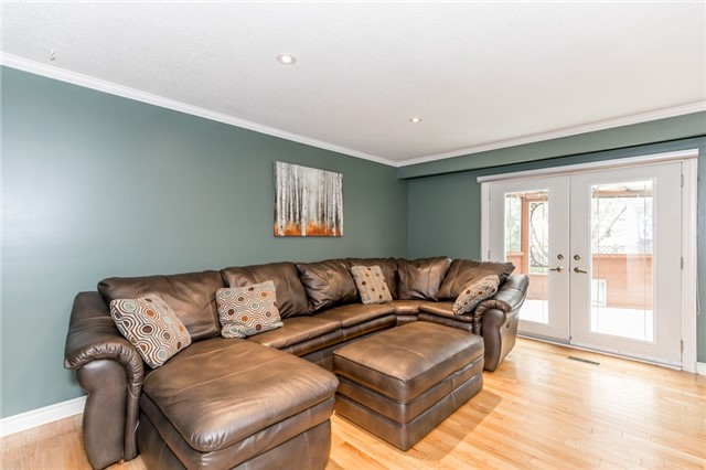 Detached at 82 Daniele Ave N, New Tecumseth, Ontario. Image 17