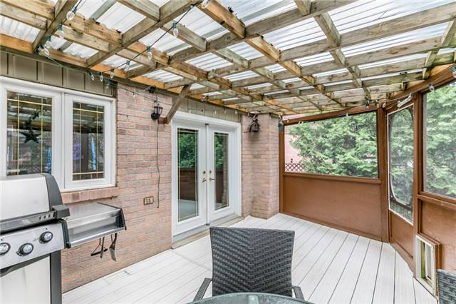 Detached at 82 Daniele Ave N, New Tecumseth, Ontario. Image 3