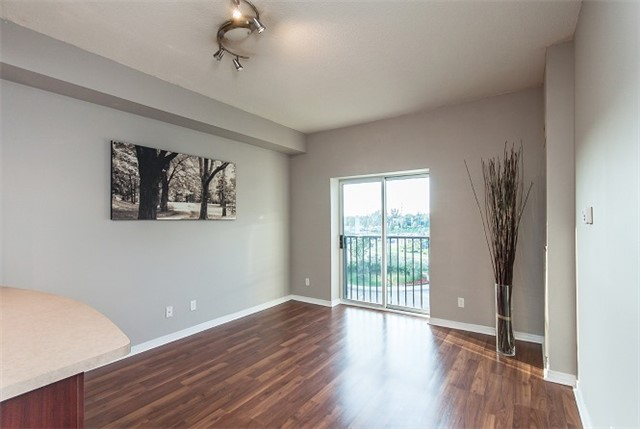 Condo Apartment at 1 Maison Parc Crt, Unit 303, Vaughan, Ontario. Image 2