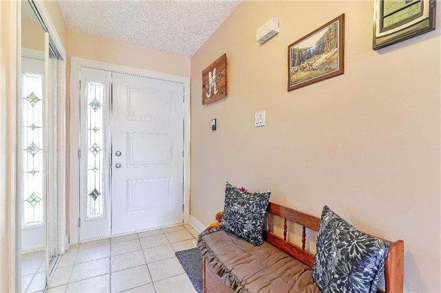 Detached at 2149 Gordon St, Innisfil, Ontario. Image 14