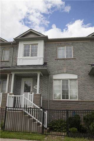 Townhouse at 9130 Dufferin St, Vaughan, Ontario. Image 1