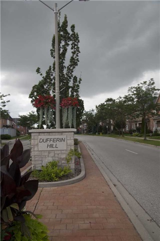 Townhouse at 9130 Dufferin St, Vaughan, Ontario. Image 10