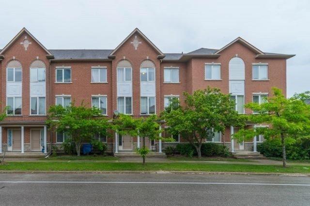 Condo Townhouse at 226 South Park Rd, Markham, Ontario. Image 1