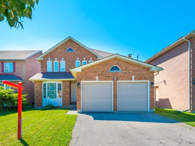 Detached at 3 Brookwood Dr, Richmond Hill, Ontario. Image 1