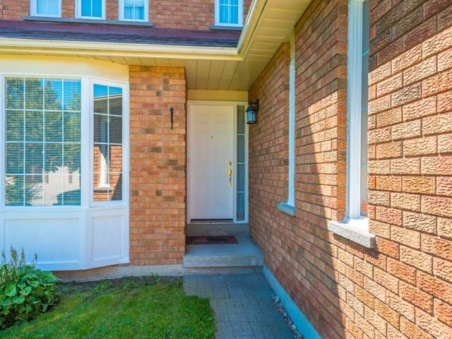 Detached at 3 Brookwood Dr, Richmond Hill, Ontario. Image 12