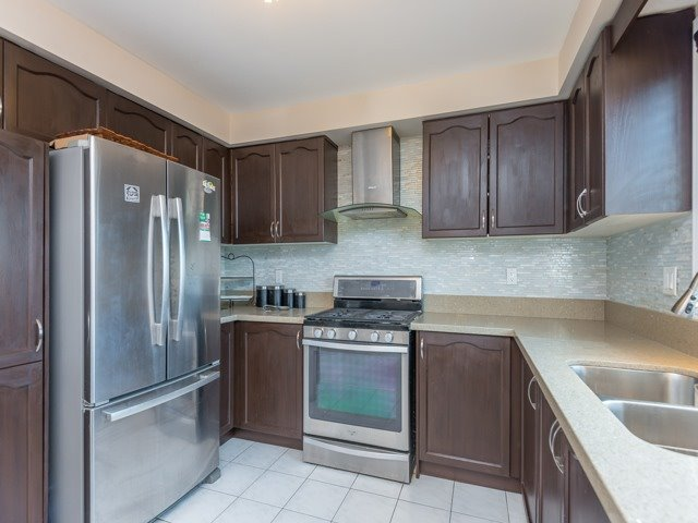 Detached at 3 Brookwood Dr, Richmond Hill, Ontario. Image 19