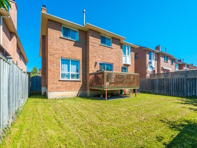 Detached at 3 Brookwood Dr, Richmond Hill, Ontario. Image 13