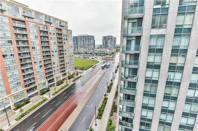 Condo Apartment at 75 South Town Centre Blvd, Unit 1208, Markham, Ontario. Image 11