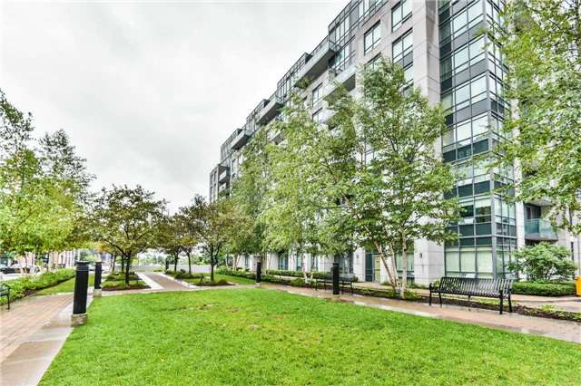 Condo Apartment at 75 South Town Centre Blvd, Unit 1208, Markham, Ontario. Image 13