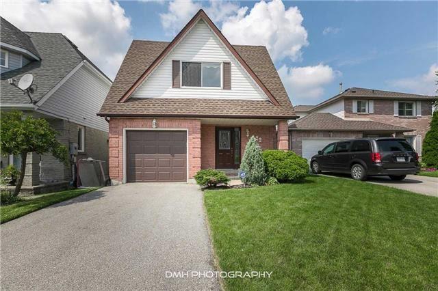 Detached at 22 Oakridge Crt, East Gwillimbury, Ontario. Image 1