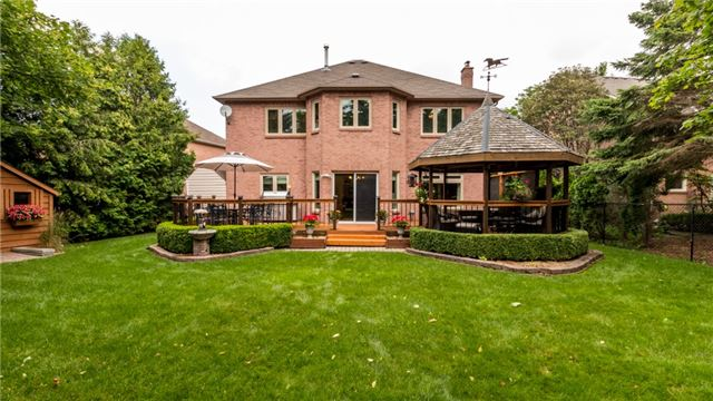 Detached at 558 Lyman Blvd, Newmarket, Ontario. Image 13