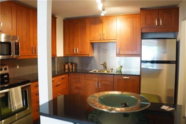 Condo Apartment at 155 Main St N, Unit 338, Newmarket, Ontario. Image 14