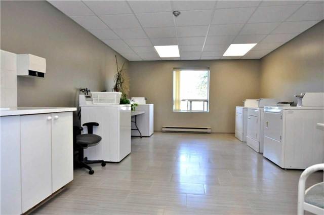 Condo Apartment at 155 Main St N, Unit 338, Newmarket, Ontario. Image 8