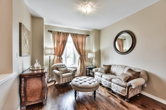 Detached at 64 Outlook Terrace Dr, Markham, Ontario. Image 14