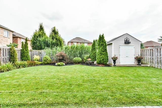 Detached at 64 Outlook Terrace Dr, Markham, Ontario. Image 11