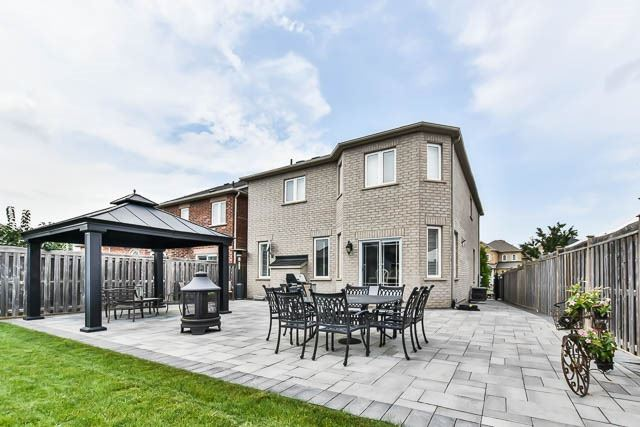 Detached at 64 Outlook Terrace Dr, Markham, Ontario. Image 13