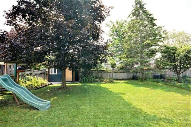Detached at 1031 Linden St, Innisfil, Ontario. Image 15