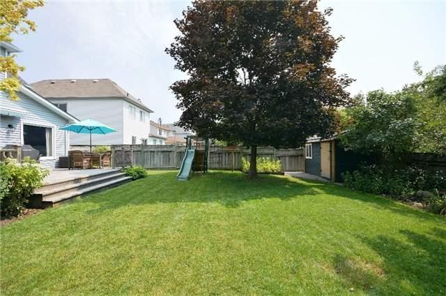 Detached at 1031 Linden St, Innisfil, Ontario. Image 16