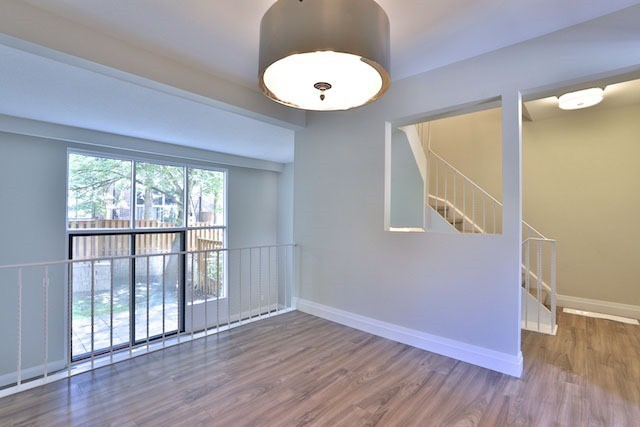 Condo Townhouse at 88 Rainbow Dr, Unit 34, Vaughan, Ontario. Image 3