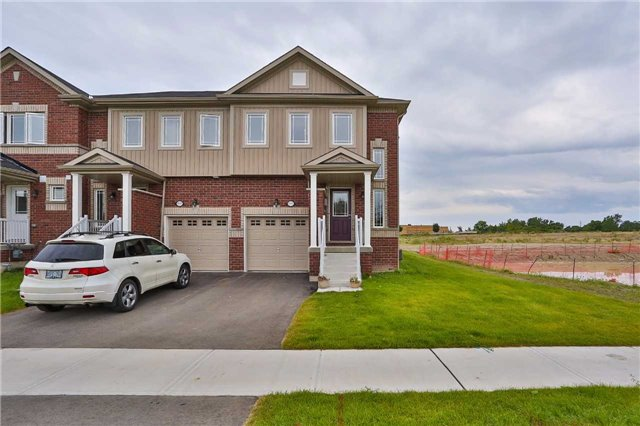 Townhouse at 1303 Benson St, Innisfil, Ontario. Image 1
