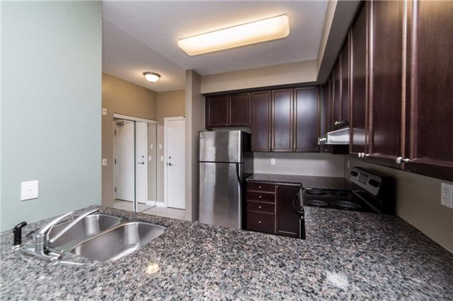 Condo With Common Elements at 8026 Kipling Ave, Unit 509, Vaughan, Ontario. Image 3