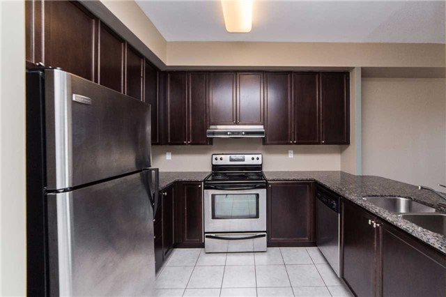 Condo With Common Elements at 8026 Kipling Ave, Unit 509, Vaughan, Ontario. Image 4