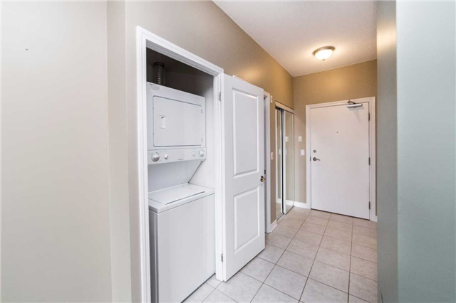 Condo With Common Elements at 8026 Kipling Ave, Unit 509, Vaughan, Ontario. Image 5