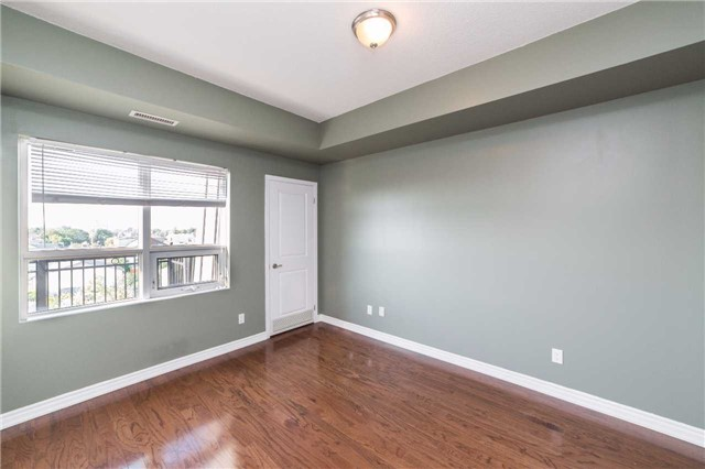 Condo With Common Elements at 8026 Kipling Ave, Unit 509, Vaughan, Ontario. Image 6