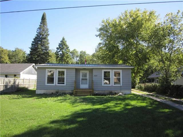 Detached at 1027 Ferrier Ave, Innisfil, Ontario. Image 1