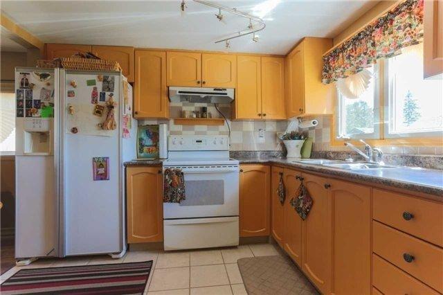 Detached at 283 Miami Dr, Georgina, Ontario. Image 3